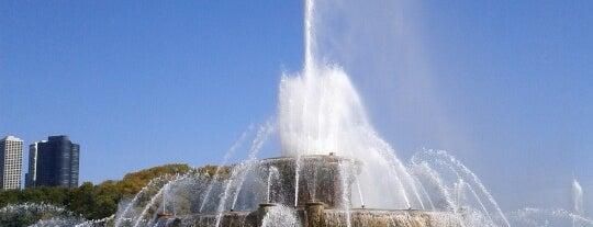 Clarence Buckingham Memorial Fountain is one of Chicago.