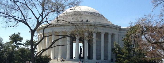 Thomas Jefferson Memorial is one of Favorite Arts & Entertainment.