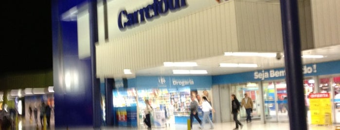 Carrefour is one of Scs.