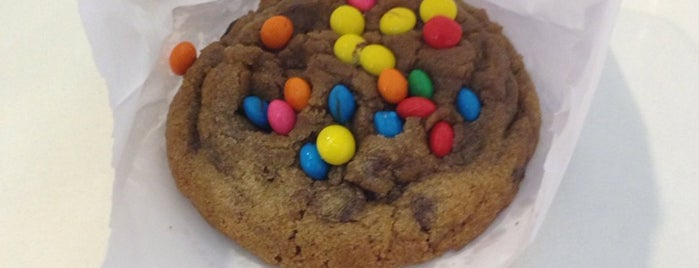 Mr. Cheney Cookies is one of Beiramar Shopping.