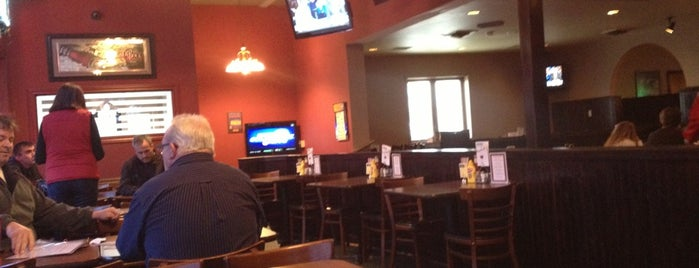 Dundee Tavern is one of Bars in Louisville to watch NFL SUNDAY TICKET™.