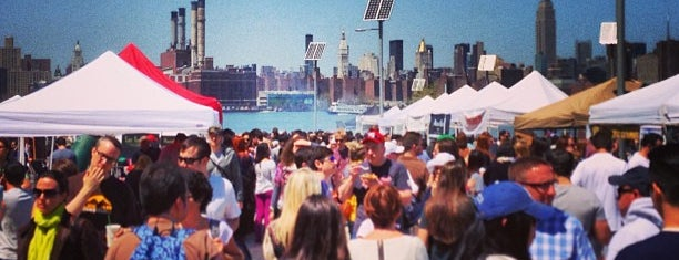 Smorgasburg Williamsburg is one of to do New York.