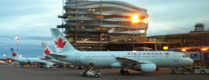 Edmonton International Airport (YEG) is one of 에어.
