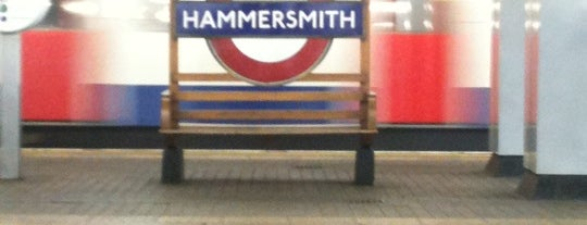 Hammersmith London Underground Station (District and Piccadilly lines) is one of Summer in London/été à Londres.