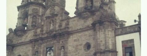 Basílica de Nuestra Señora de Zapopan is one of Templos Guadalajara Z.M..