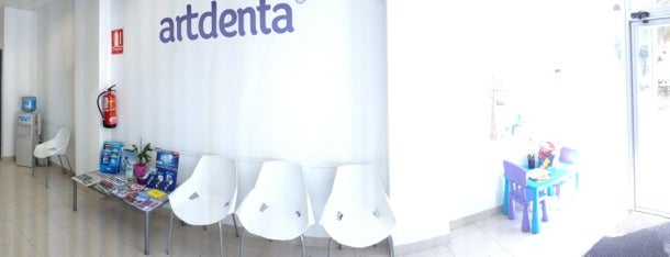 artdenta clínica dental is one of lomejordebenimaclet.com.