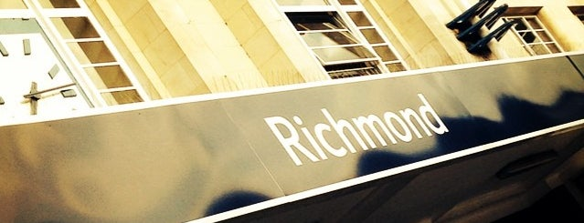 Richmond London Underground and London Overground Station is one of Tube Challenge.