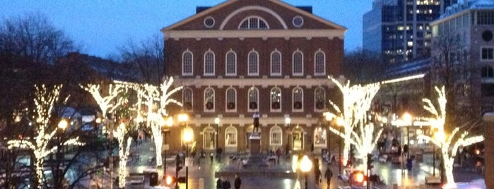 Faneuil Hall Marketplace is one of Boston Trip.