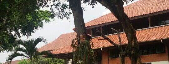 Fakultas Ilmu Sosial dan Ilmu Politik is one of Campus Explorer (Lokal).
