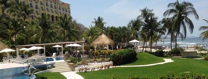 Club de Playa Real Diamante is one of Acapulco.