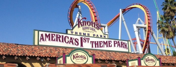 Knott's Berry Farm is one of Los Angeles.