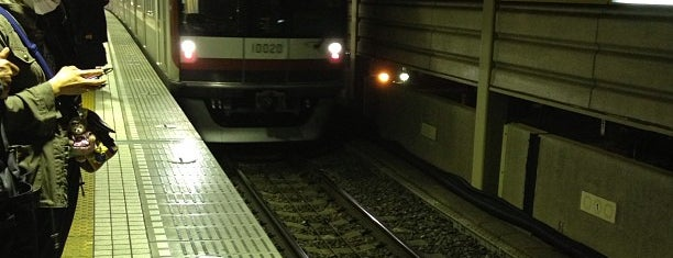 Yurakucho Line Shin-kiba Station (Y24) is one of Station.