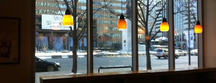 스타벅스 커피 is one of Coffee Shop-Seoul.