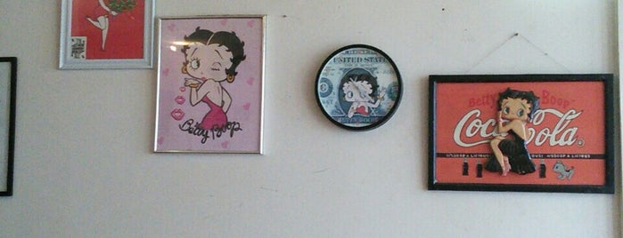 Coffeeshop BettyBoop is one of Smoke.