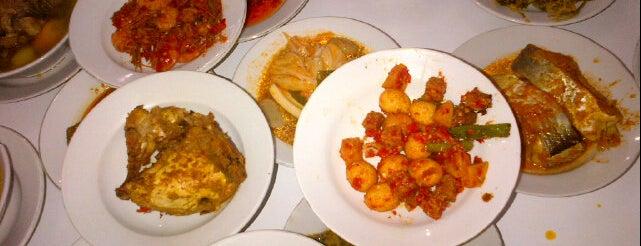 RM Kota Buana is one of Top 10 dinner spots in Pekan Baru, Indonesia.