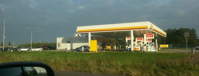 Shell Varakker is one of Shell Tankstations.