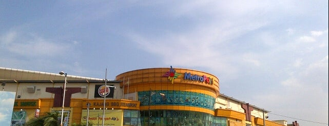 Metro Point is one of Shopping Mall..