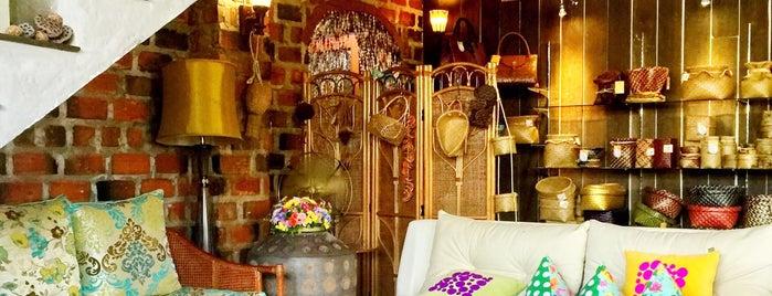 เลน้อยบุรี is one of ╭☆╯Coffee & Bakery ❀●•♪.。.