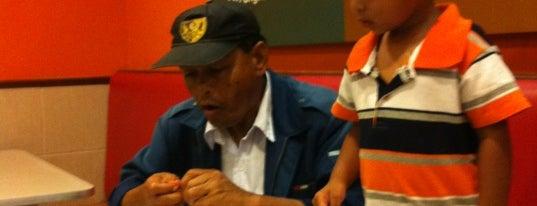 KFC is one of Makan @ Pahang #1.