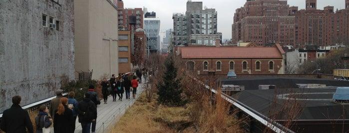 High Line is one of Rob's NYC Eats & Sleeps.