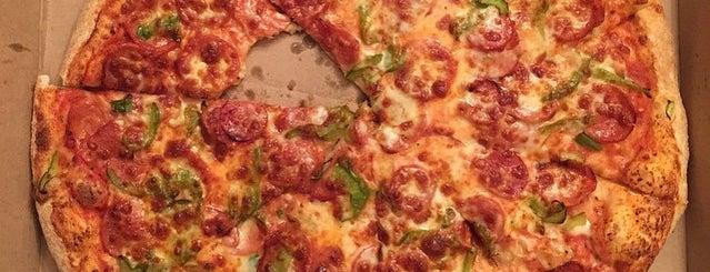 Il Paesano Pizzeria & Restaurant is one of Etobicoke Eateries.