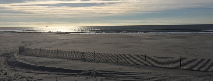 Atlantic Beach Boardwalk is one of Great Outdoor and Swimmies.