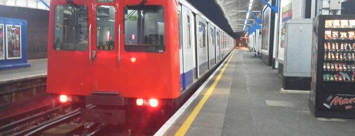 Wimbledon London Underground Station is one of Tube Challenge.