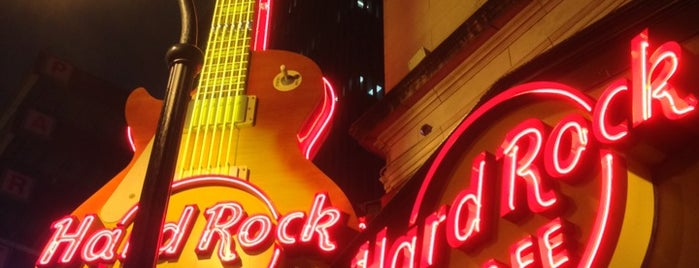 Hard Rock Cafe Atlanta is one of Restaurants I enjoy.