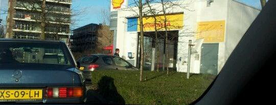 Shell de Vijfhoek is one of Shell Tankstations.