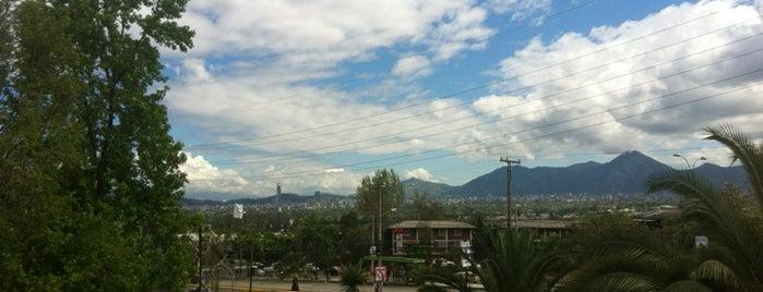 Municipalidad de Peñalolén is one of Peñalolén.