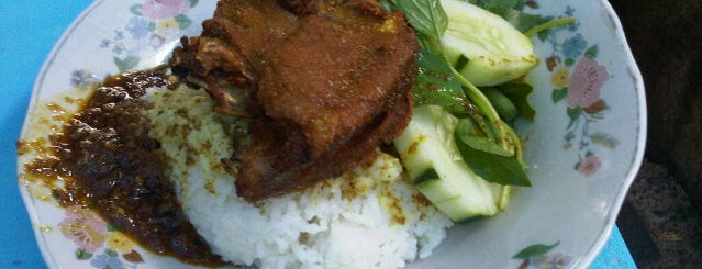 Nasi Bebek dan Ayam Goreng Cak Sandy is one of Culinary Best Spot.