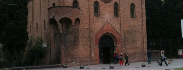Piazza Santo Stefano is one of Bologna City Badge - Bolognese.