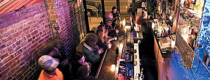 Bar Reis is one of PALM Beer in Brooklyn.
