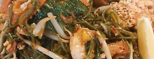 Green Phad Thai is one of Asian Food.