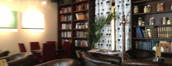 Repin Lounge Bar & Restaurant is one of ресторации.
