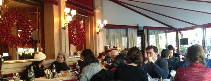 Le Fouquet's is one of Paris.