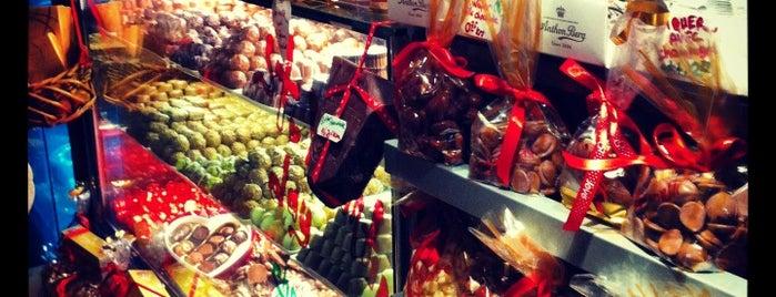 J'adore Chocolatier is one of Istambul food.