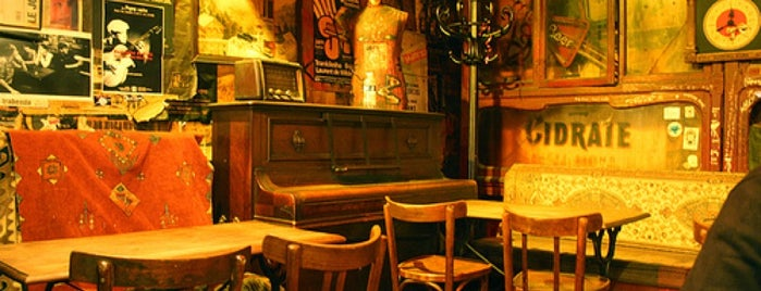 Le Piano Vache is one of Bars / Pubs.