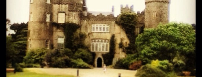 Malahide Castle Park is one of Nipping About.