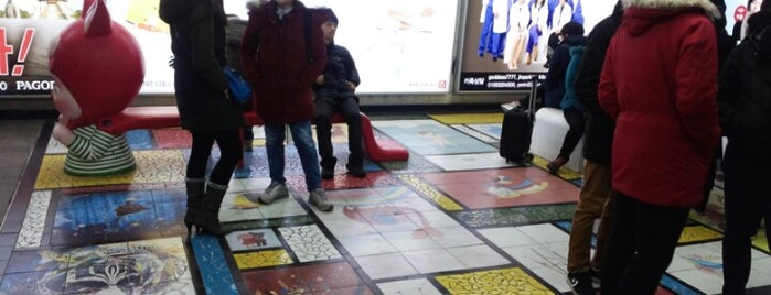 Sinchon Stn. is one of 10,000+ check-in venues in S.Korea.