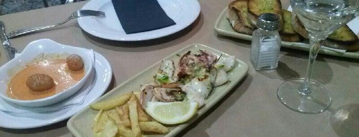 Tito's is one of los mejores sitios para comer en Alicante.