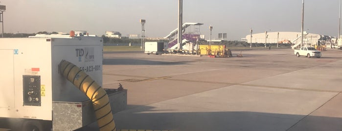 Stand 106L is one of TH-Airport-BKK-3.