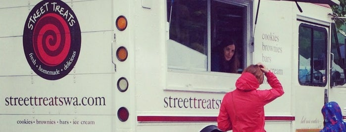 Street Treats is one of SLU Food Trucks.