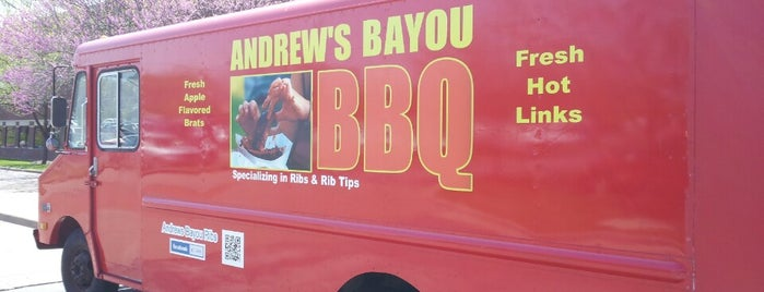 Andrew's Bayou BBQ is one of St. Louis food trucks.