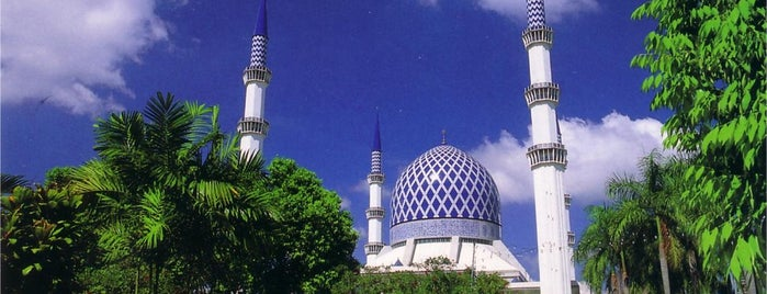 Masjid Sultan Salahuddin Abdul Aziz Shah is one of tmp.