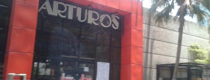 Arturo's is one of Comida.