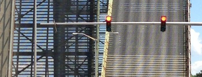 Hutchinson River Parkway Drawbridge is one of NYC Dept of Transportation Bridges.