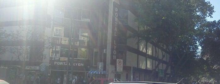 Portal Lyon is one of Shopping en Stgo..