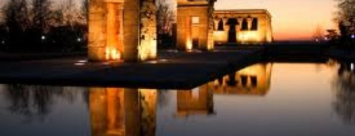 Templo de Debod is one of Conoce Madrid.