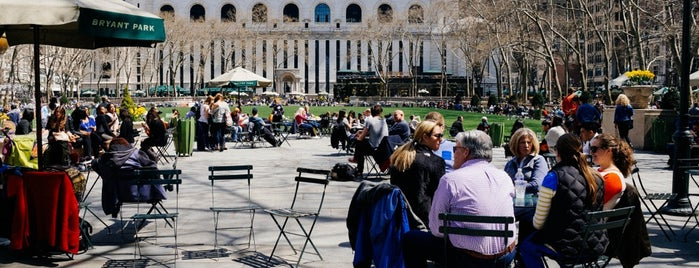 Bryant Park is one of Architecture - Great architectural experiences NYC.